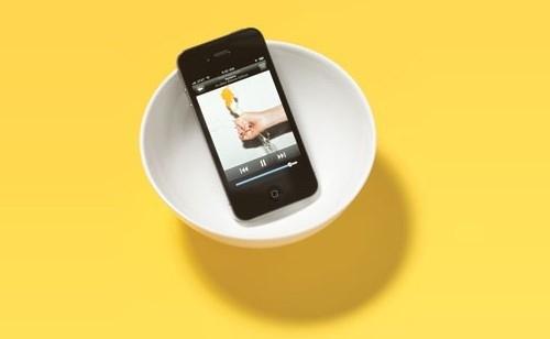 2. Kasuta kaussi telefoni heli võimendamiseks