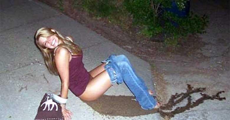 FOTOD: Jäädvustused purjus naistest - alkohol ei ole ikka kõigi jaoks