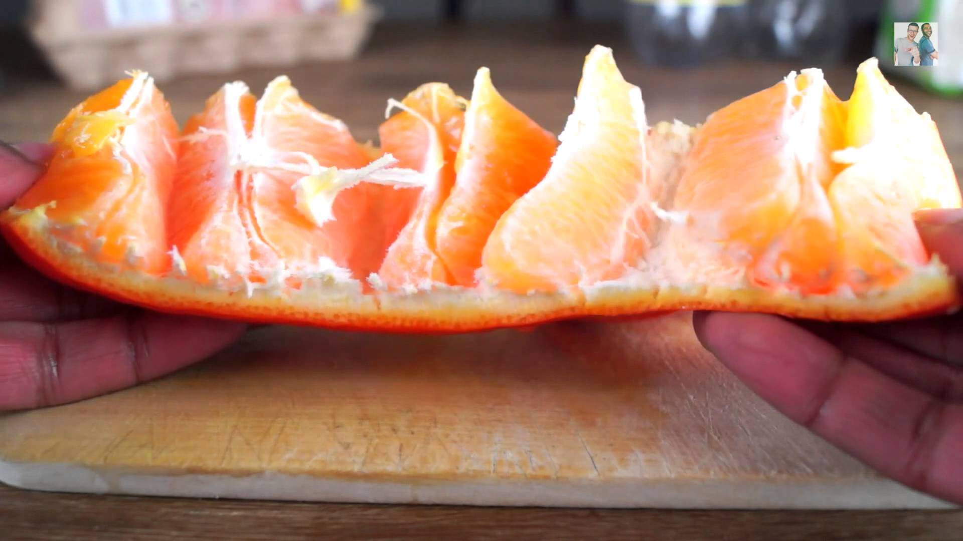 VIDEO: Vaata, kuidas on kõige kiirem ja lihtsam viis apelsine koorida