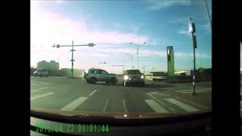 VIDEO: Kahe jeebi avarii Mustakivi teel