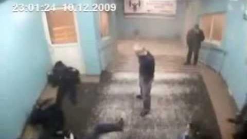 VIDEO: Siin juhtub midagi enneolematut - vaata, millega see vana mees hakkama saab