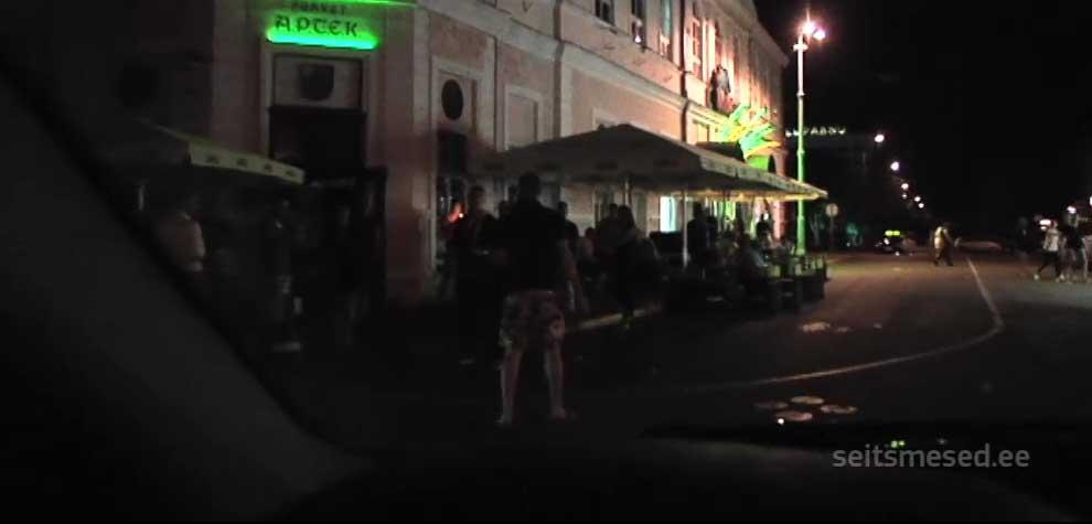 VIDEO - Pärnu noormees:  peksa anname teistele Eesti poistele, Tallinna kutid saavad niikuinii
