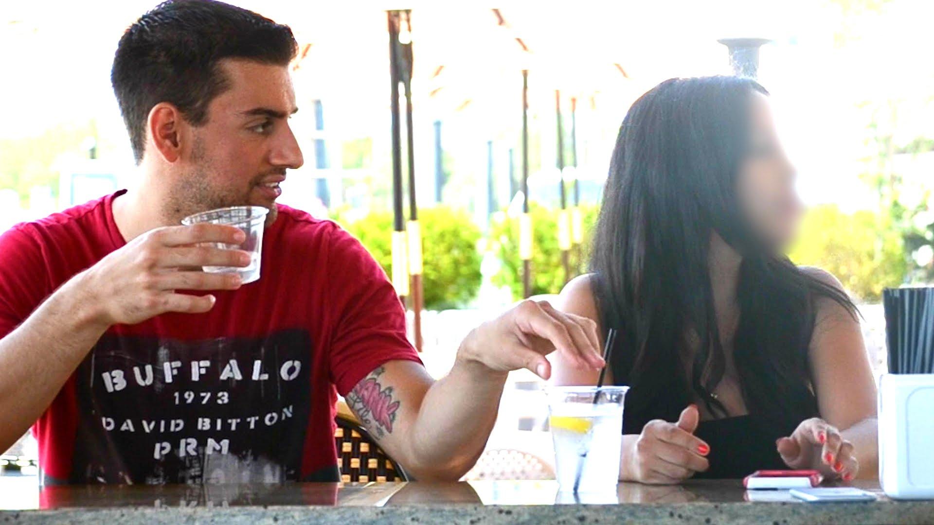 VIDEO:  NAISTELE - vaata, kui lihtsalt pannakse joogi sisse uimastavat ainet, et teid seksuaalselt ära kasutada