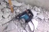 VIDEO: Naera pooleks- Poola ehitusmees tööd tegemas