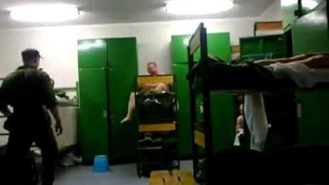 VIDEO: Eesti sõdurid teevad kasarmus nalja
