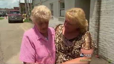 VIDEO: 50 aastat tagasi võeti emalt laps ja müüdi maha - nüüd nad kohtuvad esmakordselt taas