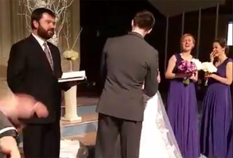 VIDEO: Ülilahe - vaata, mida teeb peigmees peale pruudi suudlemist