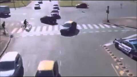 VIDEO: Liiklus ilma naisautojuhtideta