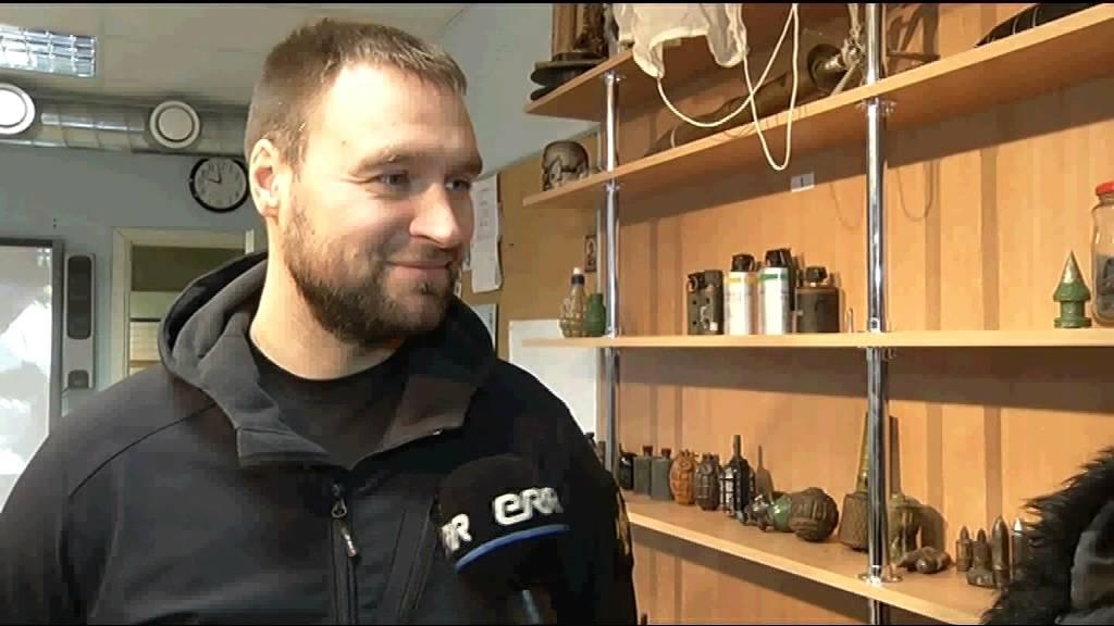 VIDEO: Demineerija must huumor ajab AK saatejuhid naerma