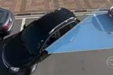 """Video, mis õpetab ka kõige oskamatuma autojuhi """"külgboksi"""" parkima"""
