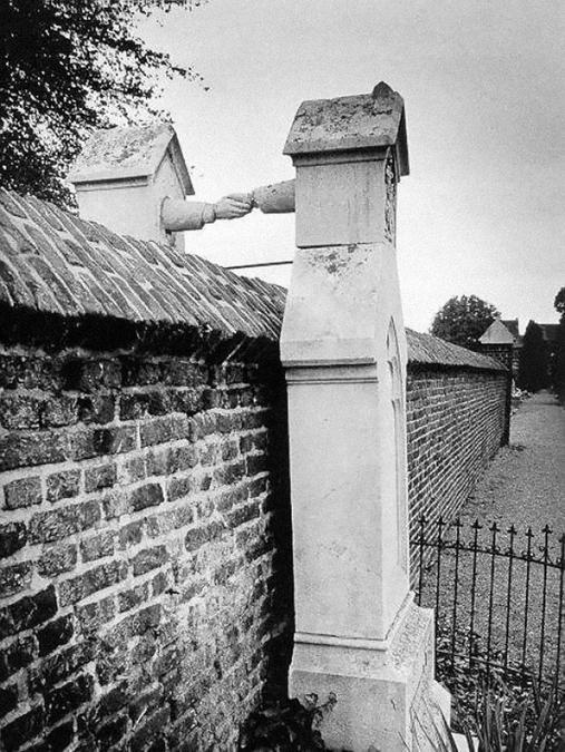 Mehe ja naise haud