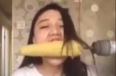 VIDEO: Väga jube – vaata, mis selle neiuga juhtub, kui ta üritab maisi trelliga süüa