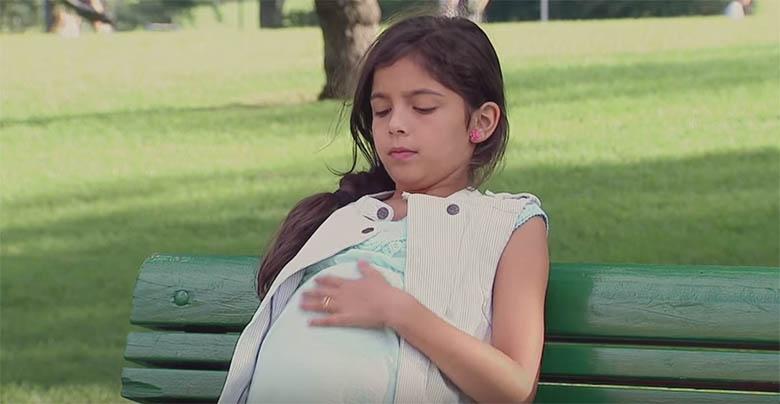 VIDEO: Vaata, kuidas inimesed reageerivad, kui näevad väikest rasedat tüdrukut...