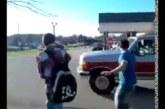 VIDEO: Isa päästab poja vägivaldsete kiusajate käest