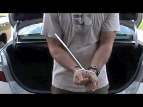 VIDEO: Vaata, kui lihtsalt saab oma käed lahti, kui need on kinni pandud kaablikinnitus sidemetega