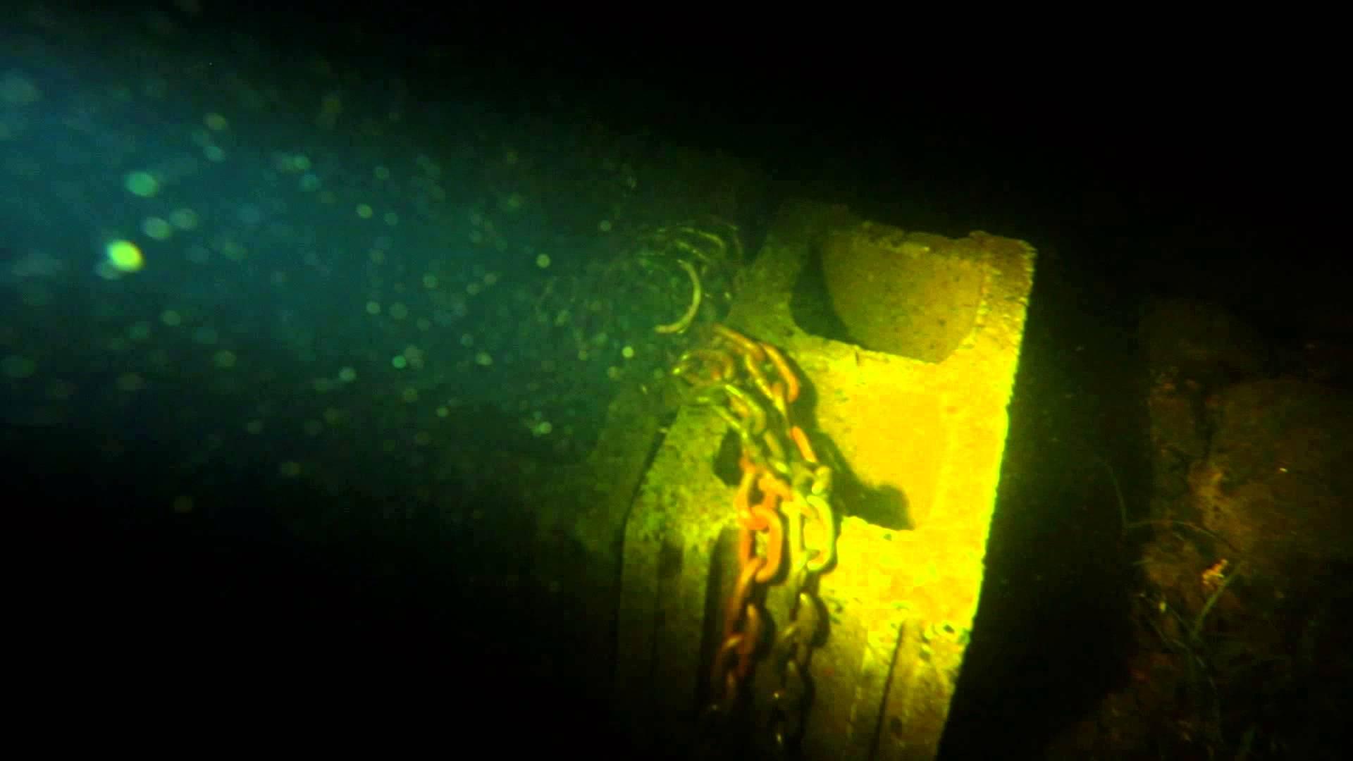 VIDEO: Sukelduja avastas ookeani põhjast midagi, mis on enam kui õudne...