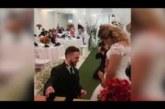PISARAKISKUJA: Vaata, kuidas mees oma kasutütre pulmas nutma ajas