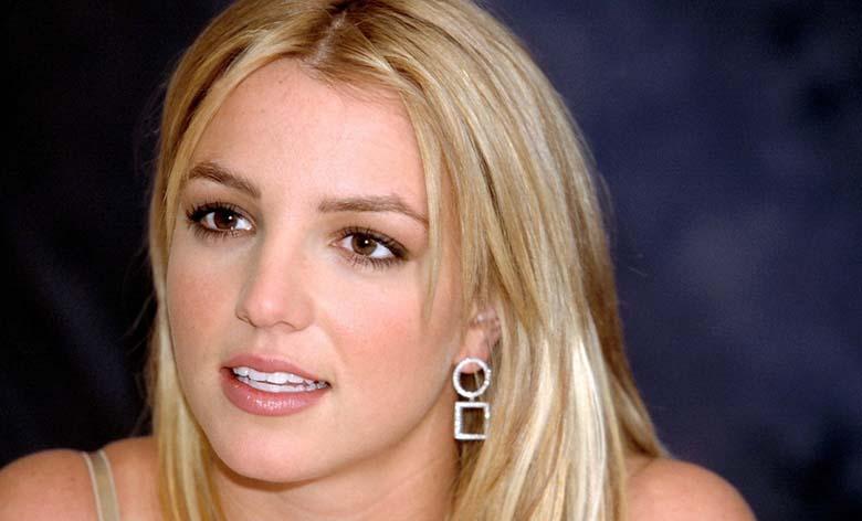 FOTOD: Britney Spears aluspükstest ei hooli