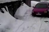VIDEO: MISASJA – NAINE SÕITIS teisest naisest mitu korda autoga üle, kuna ta kogemata kriimustas tema autot