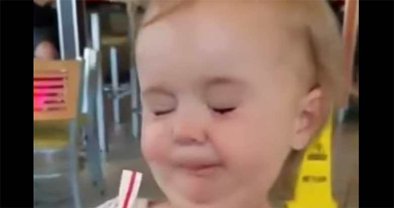 VIDEO: VAATA, mis selle väikese tüdrukuga juhtub...
