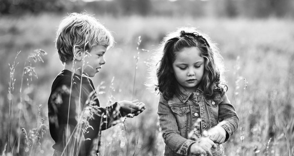 SEDA VASTUST küll ei oodanud - Väike tüdruk küsis oma vennalt: - Mis on armastus? Vend vastas: ...