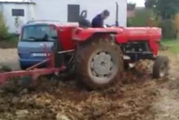 VIDEO: FARMER MAKSAB tema maa peale parkinud autojuhtidele valusalt kätte