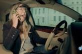 """VIDEO: SAATES """"MÜÜDIMURDJAD"""" tõestatakse, et autoroolis telefoniga rääkimine ei ole ohtlikum, kui käed vaba süsteemi kasutamine"""
