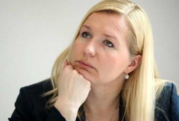 FOTOD: LÄTI PRESIDENDI nõuniku Elina Egle alastifotod lekkisid internetti