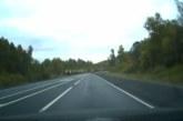 VIDEO: KOHUTAV liiklusõnnetus – autojuht põleb autos ära