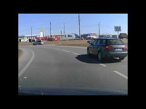 Video: Liiklusgeenius Tartus - seekord ei olnud siiski tegemist kohaliku tartlasega ilmselt