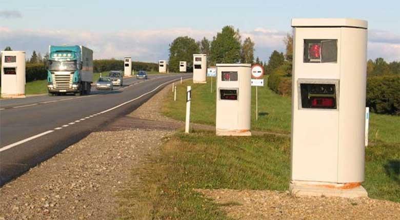 Tööd kuni 10 000 eestlasele - riik plaanib anda kiirusemõõtmise erakätesse