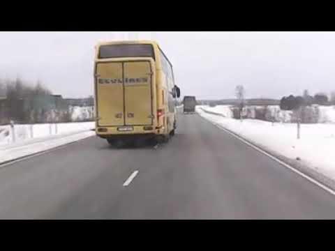 VIDEO: Driftiv rekka ja hullumeelne bussijuht Tallinn - Pärnu maanteel lustimas
