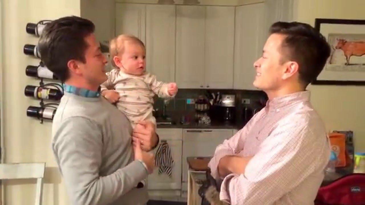 VIDEO: HAHA - Beebi on segaduses, kui näeb issi kaksikvenda