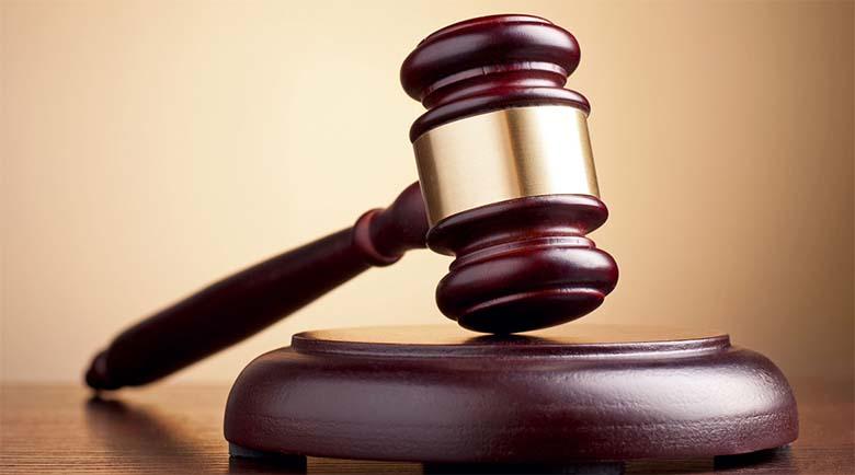 KUUMAD FOTOD: Vaata, milline näeb välja maailma kõige seksikam kohtunik