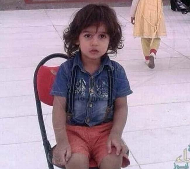 Saudi Araabias lõigati karjuva ema ees pea maha 6-aastasel poisil, kes kuulus islami valesse harusse