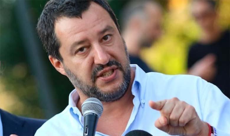 Matteo Salvini teda süüdistanud kommunistile: andke oma kontaktid ja me saadame teile 20 migranti