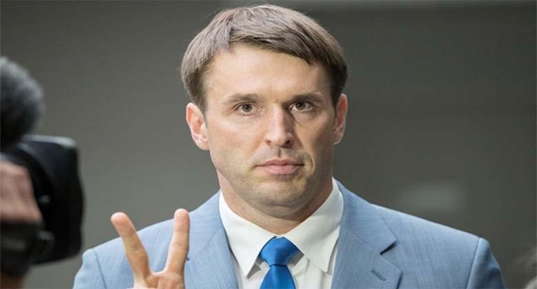 RAHVAS: Rainer Vakra peaks karistuseks uuesti kooli minema ja alustama 1. klassist peale!