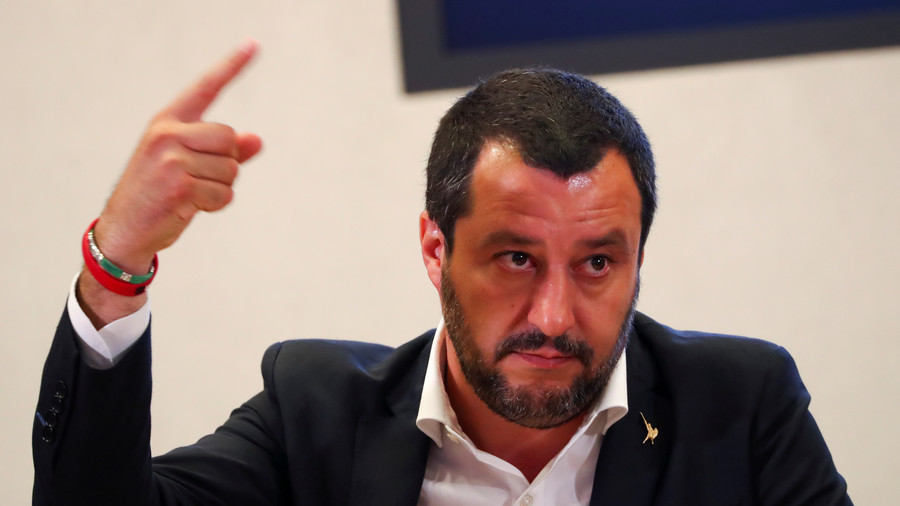 Salvani: Mul on 5 miljonit itaallast, kes elavad vaesuses. Alles siis, kui nende eest on hoolt kantud, hakkan aitama migrante!