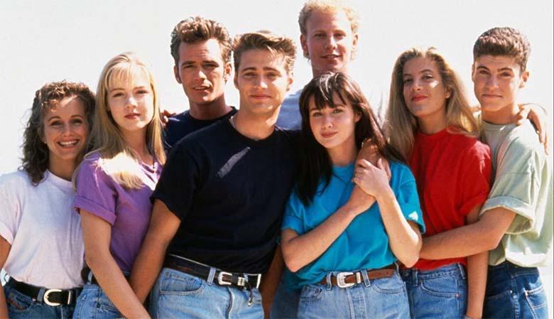 """Suri  menusarja """"Beverly Hills 90210"""" staar Luke Perry"""