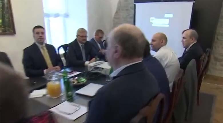 VIDEO: Laupäeval lepiti koalitsioonikõneluste käigus kokku, et pagulaskvoote ei tule