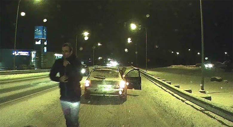 VIDEO: LIIKLUSRAEV Tartus - mingi tüüp hakkas plõkksima, kuid kellel oli õigus?