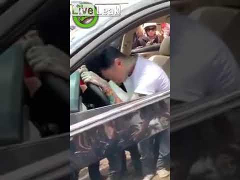 VIDEO: Ainete all autojuht pani pidu edasi, olles alla ajanud 5 mootorratturit ja puruks sõitnud takso