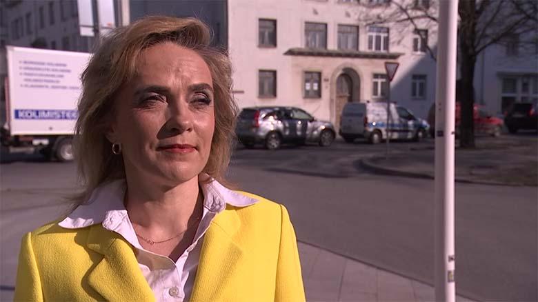"""JEEE, ajakirjanik Vilja Kiisler lahkub Postimehest – loodetavasti selliseid """"ajakirjanikke"""" enam tööle ei võeta"""