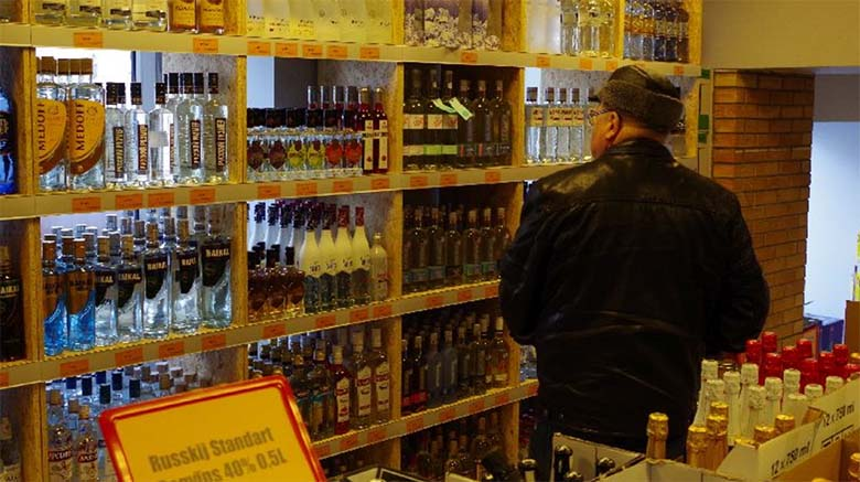 Valitsus langetab alkoholiaktsiise ja viib eelarve tasakaalu - uuri, palju alkohol odavamaks läheb