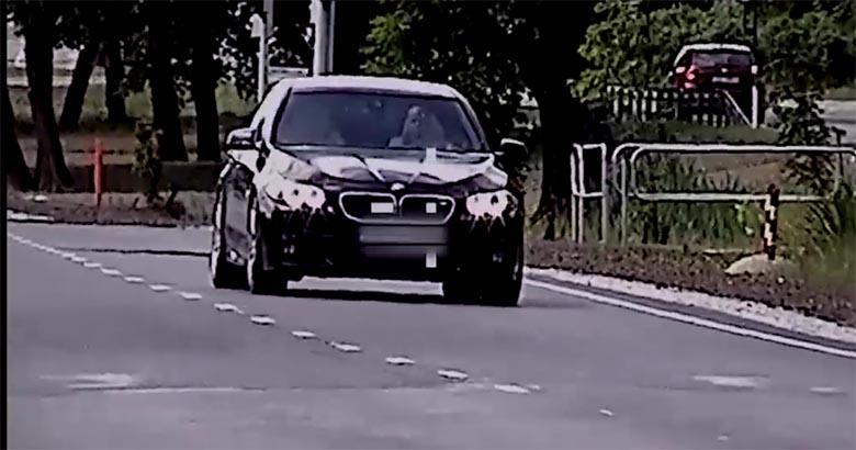VIDEO: Autojuht ületas Tallinnas meeletult kiirust, et mehaanik kuuleks rattalaagri häält
