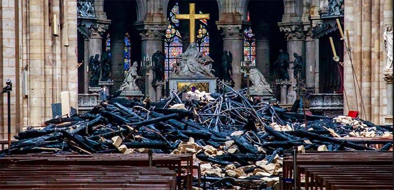 FOTO: Vaata, kui kaugel on juba Pariisi Jumalaema kiriku taastamine