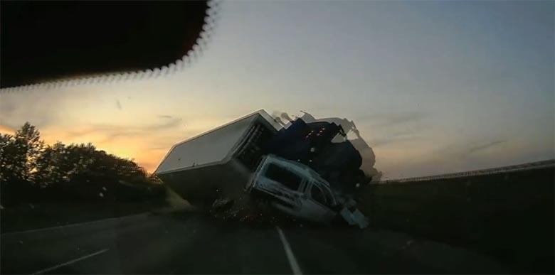 VIDEO: VÄGA jubedas õnnetuses kaotas neli inimest elu