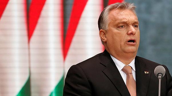 """Orbán: """"Me lükkame sisserändajate kvoodid tagasi, kuid aktsepteerime küüditamiskvoote hea meelega!"""""""
