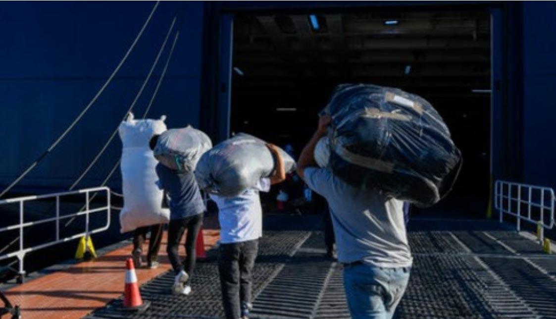 Kreekal limiit täis - loe, mida pagulastega teha kavatsetakse
