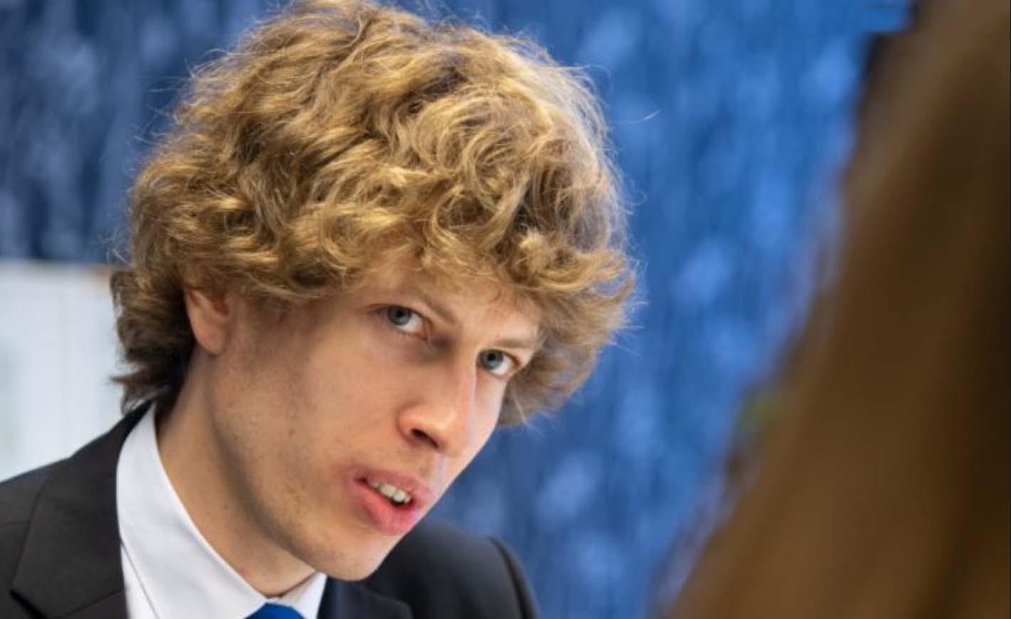 Sotsiaalminister Kiik õigustab homoaktivistide riiklikku rahastamist: lõpetage vähemuste tagakiusamine ja näidishukkamine